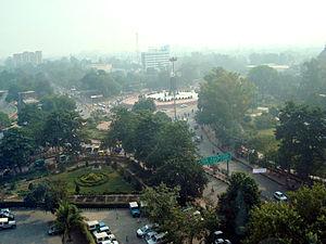 300px-Parivartan_Chowk_Lucknow (1)